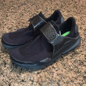 Nike Mens triple black sock dart shoes 819686-001